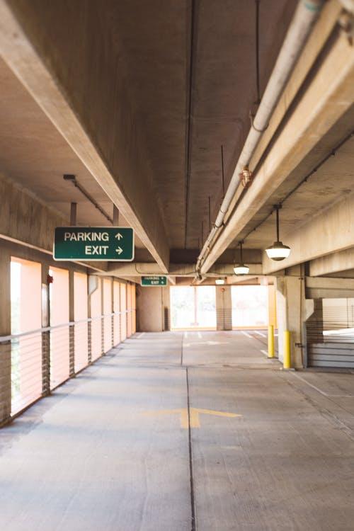 estacionamientos en edificios